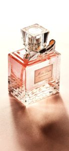 ピンク色の香水2