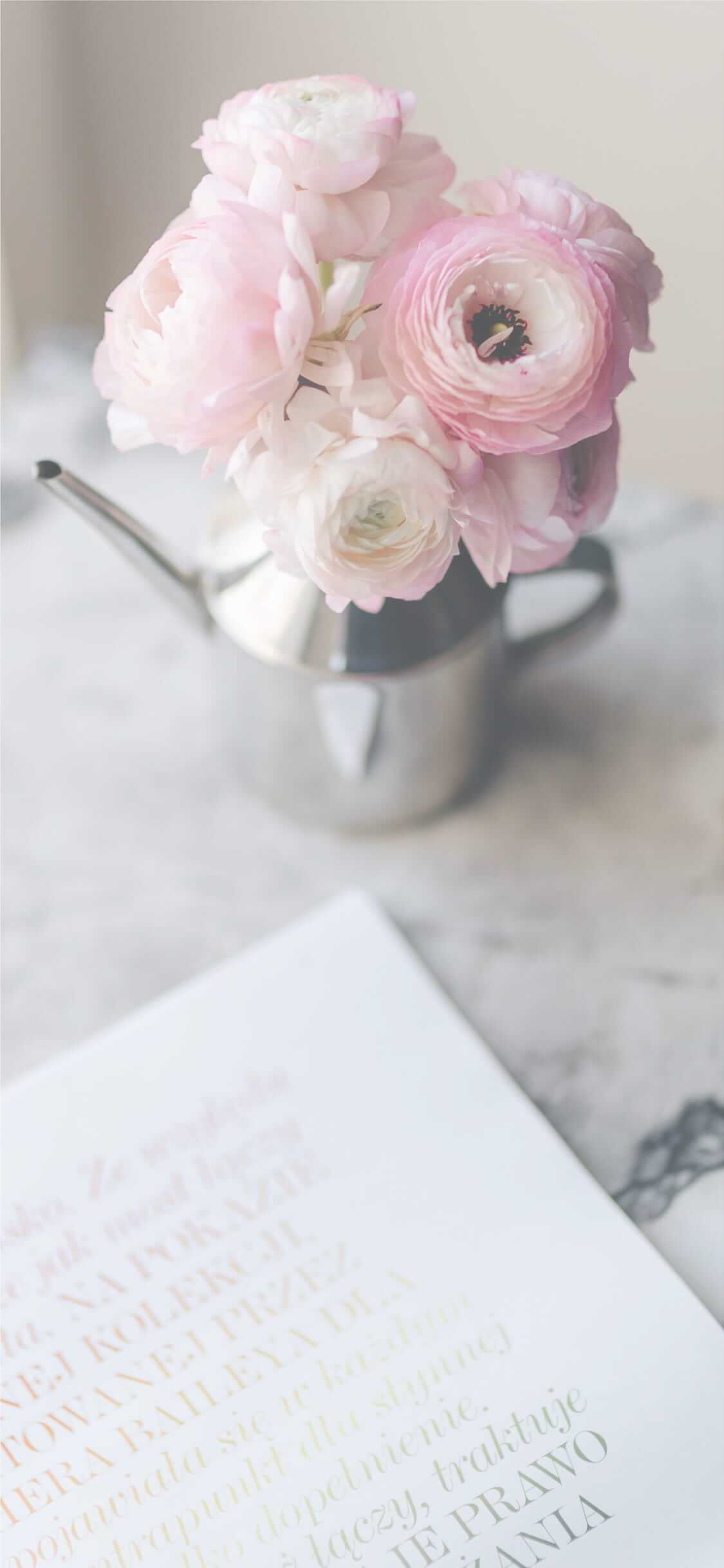 Iphone11pro Iphonexs Xロック画面等シンプルな花の無料壁紙配信中