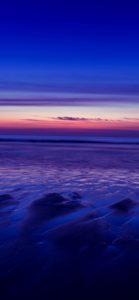 紫色の海と空1