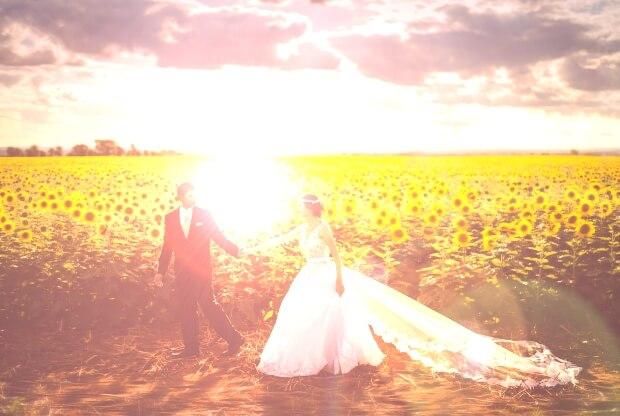 iPhone11・iPhoneXrロック画面等の結婚式の無料壁紙・待受け配信中