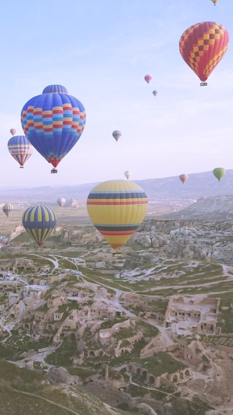 カッパドキアの気球と空