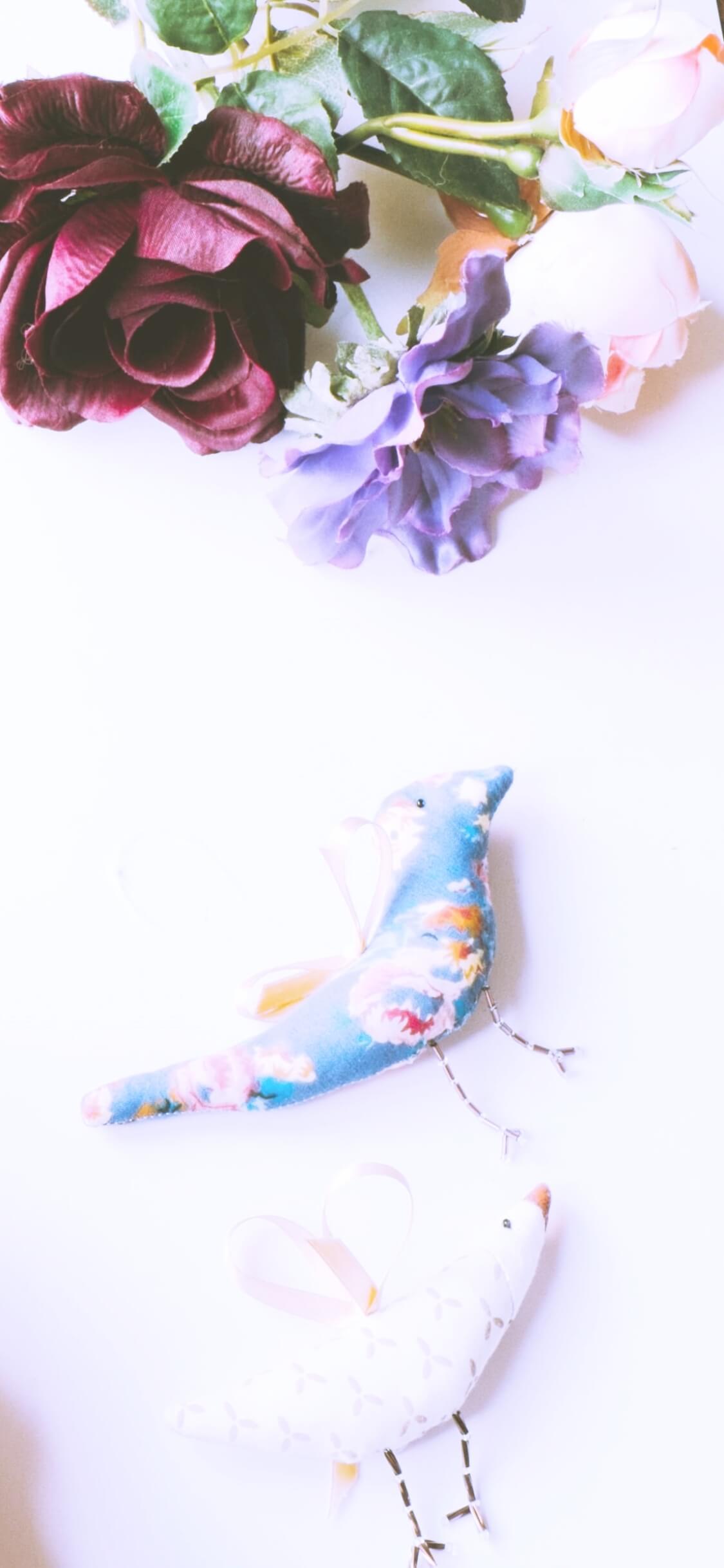 春の花と鳥のマスコット