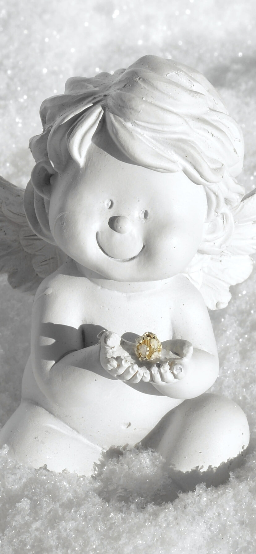 雪の中の天使
