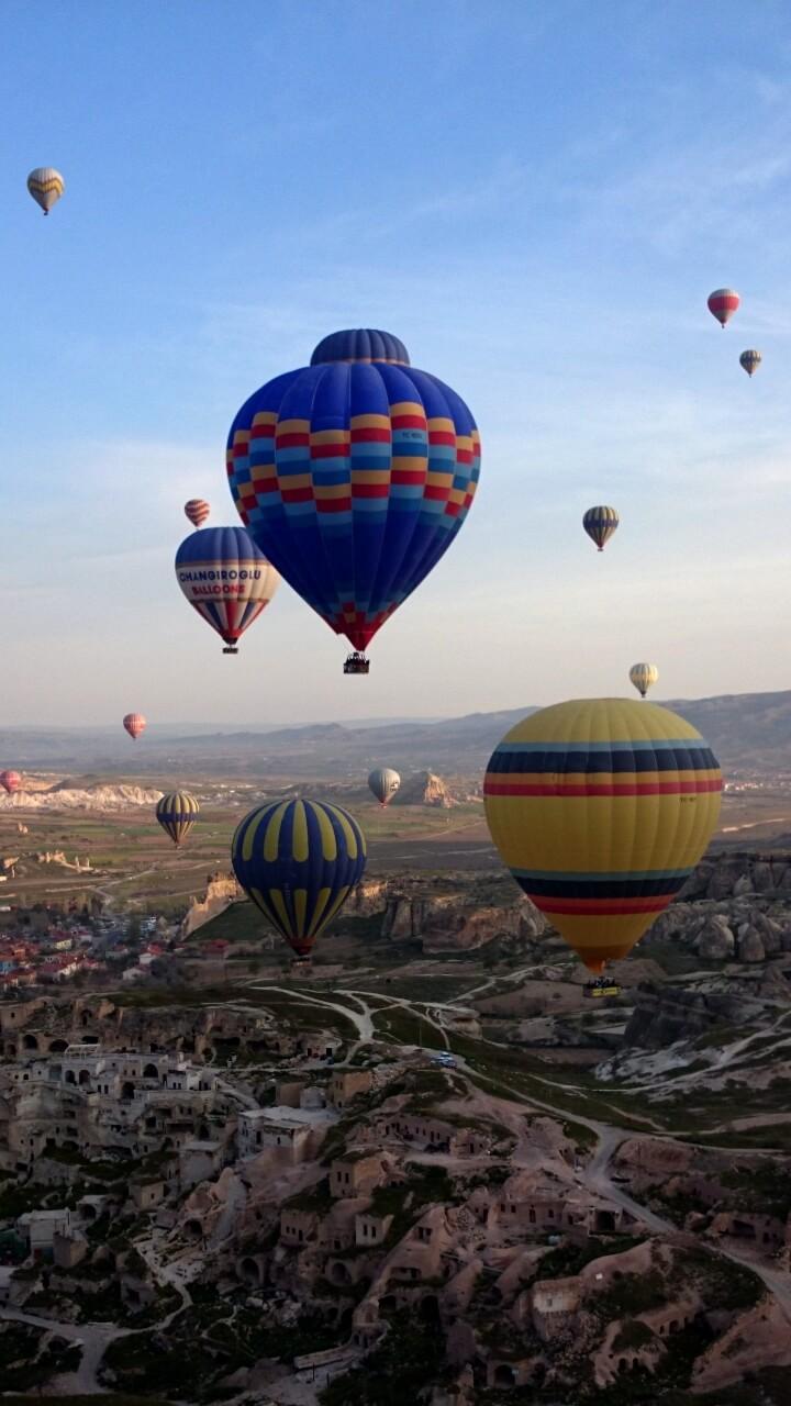 カッパドキアの空と気球