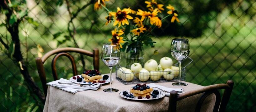 夏のガーデンテーブル