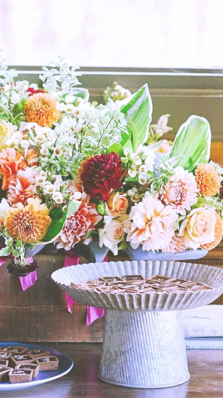 窓辺に飾った花