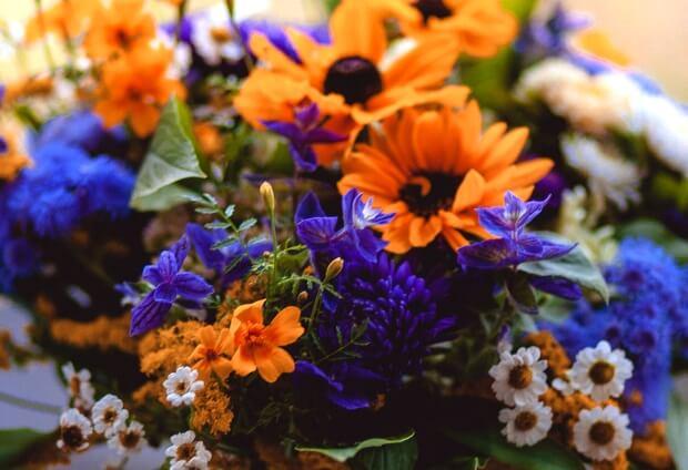 LINEのプロフィール背景用の花の写真画像を配信中