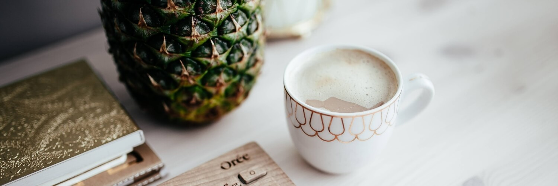 パイナップルとコーヒー