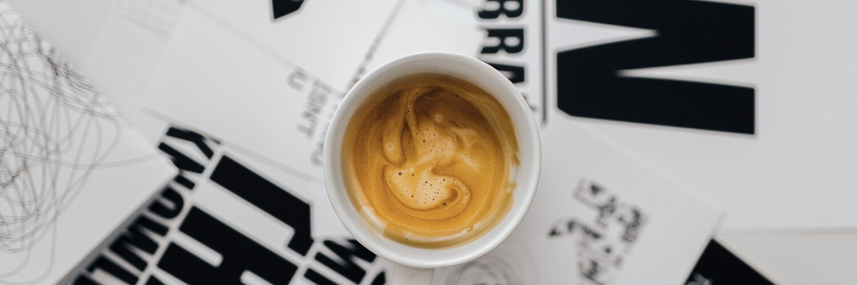 仕事の合間のコーヒー時間