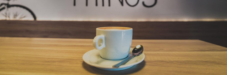 カフェのコーヒーシーン