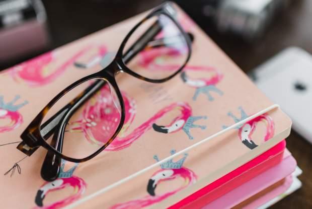 iPadPro12.9インチのロック画面・ホーム画面用ピンクの無料壁紙