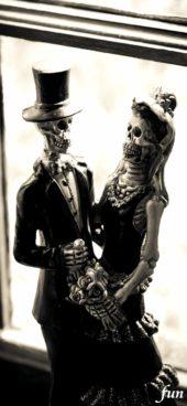 ガイコツのカップル